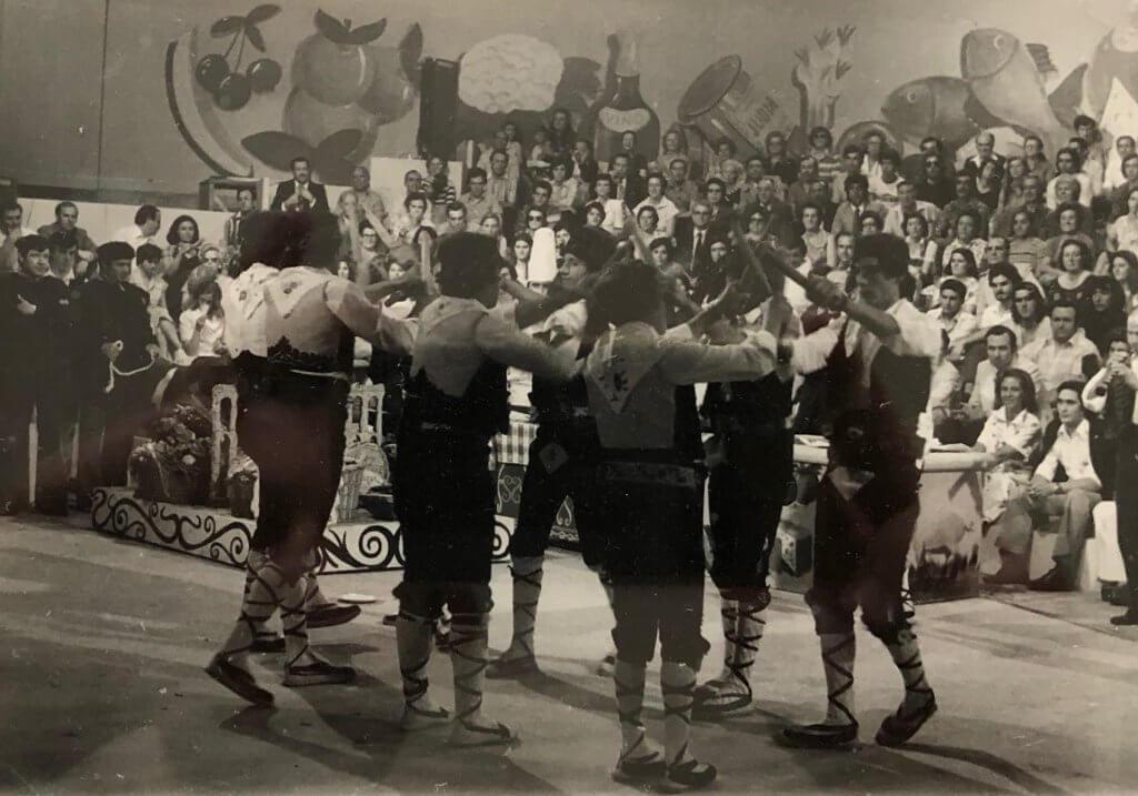 Maestro Asador Duque y el grupo de danzas de Lastras de Cuéllar