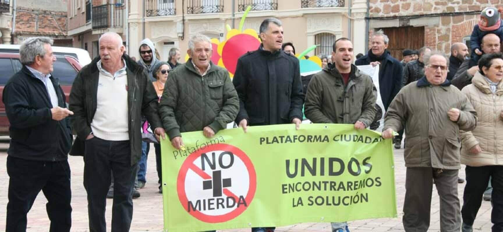 Los vecinos de Navalmanzano, Aguilafuente, Zarzuela y Lastras se movilizan contra los olores de la planta de Agraman